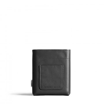 A6 Vegan Sleeve - Suoja:  Premium-luokan A6 Vegan Sleeve -suoja pitäämemobottle™A6 -pullosi pidempään hyvässä kunnossa, sekä tuo siihen...