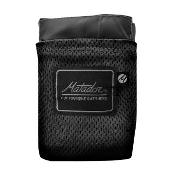Pocket Blanket™ 2.0 - Viltti:  Matador Pocket Blanket -viltti antaa sinulle kuivan ja puhaan paikan istua ja ottaa iisisti - missä vain ja koska...