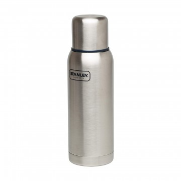 Adventure 1,0 l Insulated Bottle :  Adventure is a fully-leak proof bottle delivering legendary thermal performance in a sturdy package. It's fully...