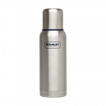 Adventure 740 ml Insulated Bottle :  Adventure is a fully-leak proof bottle delivering legendary thermal performance in a sturdy package. It's fully...