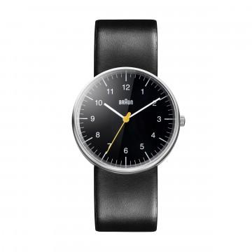 Classic BN0021 Black/Black - Rannekello:  BN0021 on ikoninen ja tunnusomainen Braun-rannekello. Minimalistinen kellotaulu keltaisella sekuntiviisarilla,...