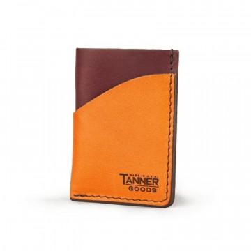 Minimal Card - Lompakko:  Minimal Card -lompakko sai alkunsa Tanner Goodsin yhteistyöhenkisestä yrityskulttuurista. Toimeenpaneva porras...