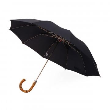 Whangee - Sateenvarjo:  London Undercover Whangee -sateenvarjo pitää sadetta loitolla brittiläisellä tyylillä ja varmalla otteella. Bambusta...