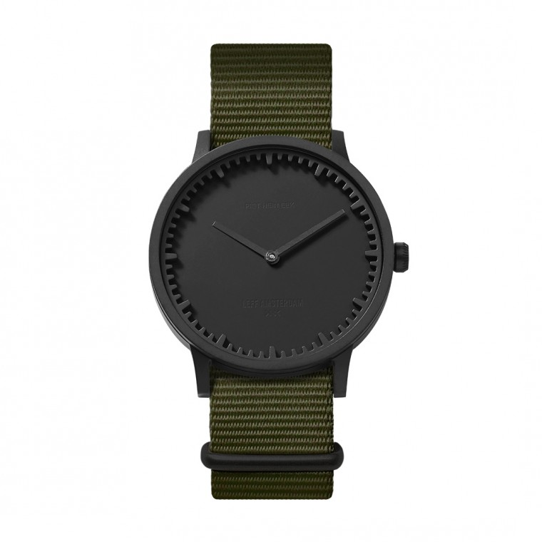 Tube T40 Black / Nato - Rannekello