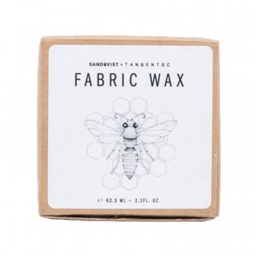 Tangent Fabric Wax - Kangasvaha:  Tangent Fabric Wax -kangasvaha on tehty 100% luonnollisista ainesosista ja antaa suojaa vettä ja likaa vastaan....