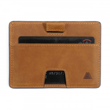 The Turner - Lompakko:  The Turner -lompakko sai alkunsa onnistuneesta joukkurahoituskampanjasta, ja se on suunniteltu kevyeksi,...