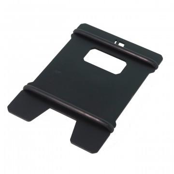 A1 Aluminum - Lompakko:  A1 on minimalistinen, yhdestä anodisoidusta alumiinilevystä valmistettu lompakko / korttikotelo. Juuri sopivan...