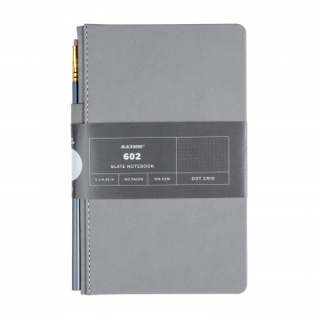 602 Slate 3-Pack - Muistivihko:  Blackwing 602 Slate -muistivihkossa on 160 sivua korkealaatuista paperia, kestävä tuplasidonta, kulutusta kestävä...