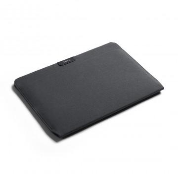 Laptop Sleeve - Suojakotelo:  Suojaa läppärisi räätälöidyllä kotelolla, jota käsittelet vaivatta ilman mitään ylimääräistä. Voitliu'uttaa...
