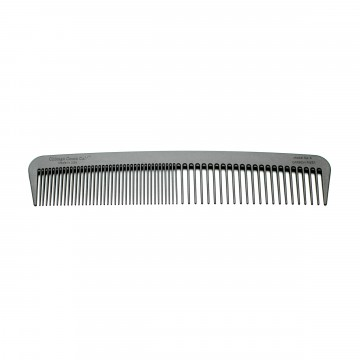 Model No. 6 Carbon Fiber Comb:  The Model 6 is an all-new design with an elegantly curved shape and both fine and wide teeth. At 17,8 cm long, it's...
