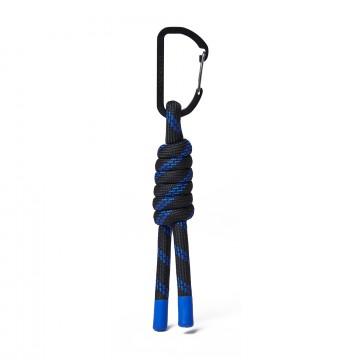 Danny - Avaimenperä:  Tämä avaimenperä on tehty polyesternarusta ja Sandqvist-karabiinerilla. Laita kiinni laukkuun tai käytä...