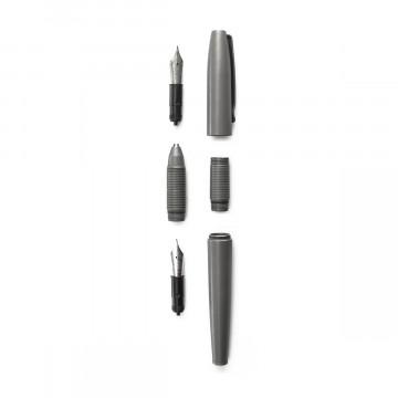 Ti Ultra Pen - Kynä:   Kolme kynää yhdessä, vaivatta    Ti Ultra -kynän uniikin 3-in-1 -rakenteen ansiosta se muuntuu täytekynästä kuula-...
