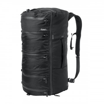 SEG42 Travel Pack - Laukku:  SEG42-laukun uraauurtava arkkitehtuuri yhdistää repun, duffle-laukun ja pakkauskuutioiden parhaat puolet.   Saat...