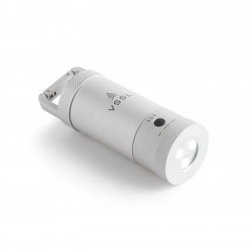 Camp Supplies Mini - Tarvikesetti:  Tämä erittäin kompakti ja lujetekoinen LED-lamppu on valmiina kaikkeen. Vesitiivis alumiinirunko pitää sisällään...