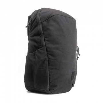 Civic Half Zip 26 L Backpack:   With its 26 L capacity, this is the larger version of the Civic Half Zip backpack. Quick access, intuitive layout,...