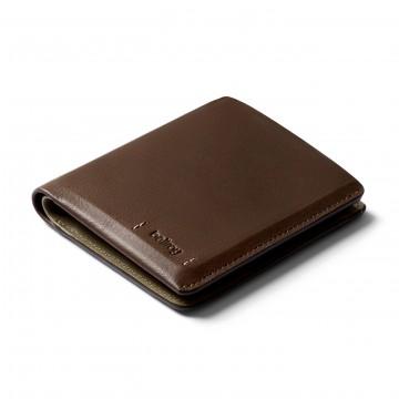 Note Sleeve Premium Edition - Lompakko:  Tilava mutta ohut Note Sleeve -lompakko nyt päivitettynä Premium-mallin laatunahalla, huolellisella tikkauksella ja...