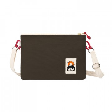 Side Pouch - Laukku:  Yksinkertainen Side Pouch on tehty niille, joiden täytyy pitää tavarat lähellä ja helposti saatavana. Päätaskun...