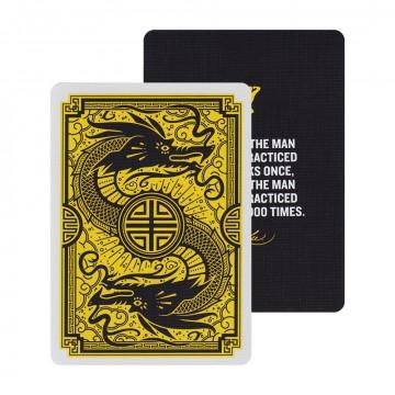 Bruce Lee - Spelkort:   Dessa officiella Bruce Lee-kort har tillverkats av Dan och Dave i samarbete med Bruce Lee Enterprises. Kortleken är...