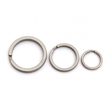 Titanium Split Rings 3-Pack:  Titanium is strong and lightweight. Ditch the extra grams and switch your rings from traditional stainless steel to...