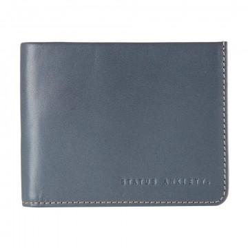 Alfred Lompakko:  Alfred-lompakon ohut design ei tingi käytännöllisyydestä. Täysikokoiseen setelipaikkaan menee setelit ilman...