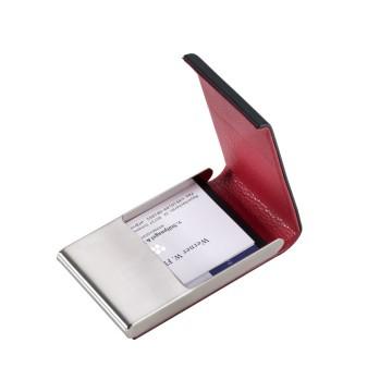 Duo Leather CDC - Korttikotelo:  Tukeva korttikotelo, jossa yksi iso korttipaikka. Kansi napsahtaa kiinni läpässä olevien pienten magnettien avulla....