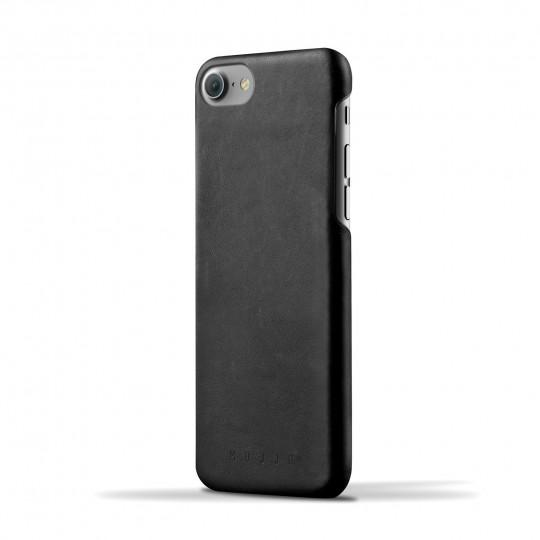 iPhone 7 - Suojakansi:  Tämä nahkainen, ohut suojakansi on juuri oikean kokoinen iPhone 7 -puhelimelle. Suojakansi jättää kaikki napit ja...