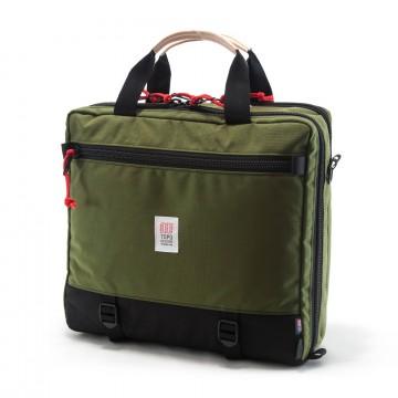 3-Day Briefcase - Laukku:  3-Day Briefcase on sopii niin pikavisiiteille kuin pitkään viikonloppuun. Laukku on helppo täyttää asettamalla se...