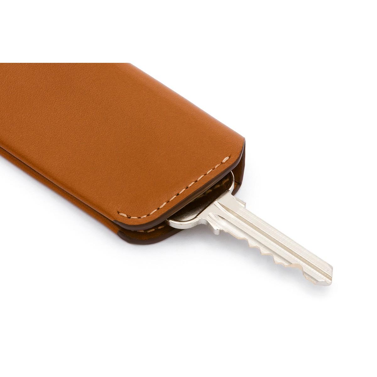 5a1b730a995d69 ... Bellroy Key Cover Plus Caramel ...