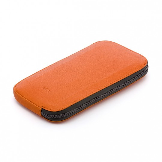 All Conditions Phone Pocket Plus - Lompakko:   Kompakti vedenkestävä lompakko tarjoaa suojaa puhelimelle, käteiselle ja korteille.    All Conditions Phone Pocket...