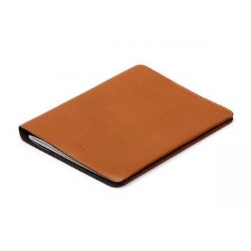 Notebook Cover A5 - Muistikirjakotelo:  Omat muisti- ja piirustusvihkot on syytä suojata - ne ovat kuitenkin tärkeä osa ajatusten ja ideoiden...