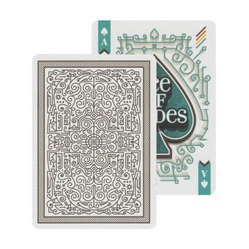 A Typographer's Deck - Pelikortit:  Typographer's Deck -korttipakka on luotu yhdessä turkkilaissuunnittelija Furkan Şenerin kanssa. Pakan kaikki 54...