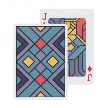 EDGE - Pelikortit:  EDGE-pelikortit on suunniteltu Prahassa kuuluisan Creative Mints -designtoimiston toimesta. Korttien design huokuu...