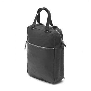 Simple Pack Leather - Laukku:  Simple Pack on keskikokoinen, päivittäiseen käyttöön tarkoitettu reppu. Se muuntautuu myös tote-malliseksi laukuksi,...