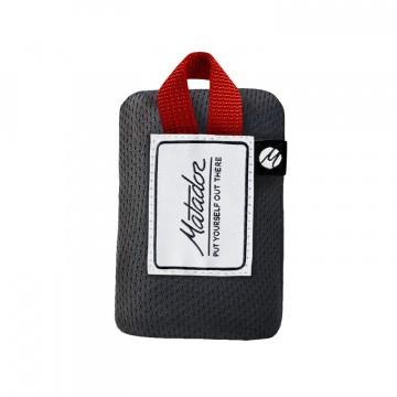 Mini Pocket Blanket - Viltti:  Matador Mini Pocket Blanket -viltti on pienempi versio alkiperäisestä Pocket Blanket -viltistä. Se antaa sinulle...