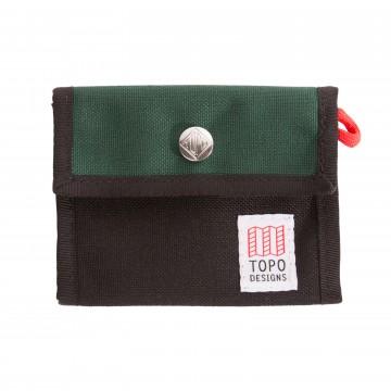 Snap Wallet - Lompakko:  Yksinkertainen ja varma Tri-fold -mallinen lompakko setelipaikalla ja 4 korttipaikalla. Nepparikiinnitys varmistaa...