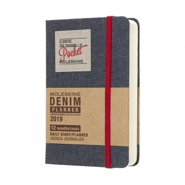 Daily Planner Pocket Denim 2019 - Kalenteri:  Denim saaattaa haalistua ajan saatossa, mutta sen suosio ei. Mukavan tuntuinen Denim-malliston taskukokoinen...